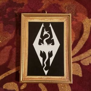 Skyrim Elder Scrolls Christmas Ornament//Magnet//DHM//Wall Art//Tabletop Dovahkiin