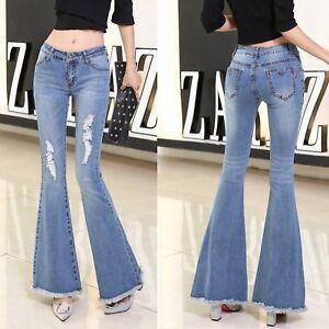 ae59e6f4a943d7 Caricamento dell'immagine in corso Jeans-Donna-Pantaloni-a-Zampa-Larghi- Sotto-Strappati-