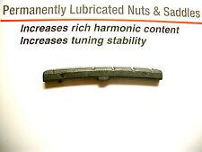 Graph Tech Black Tusq Nut slotted, F-Style Sattel gebogen, schwarz