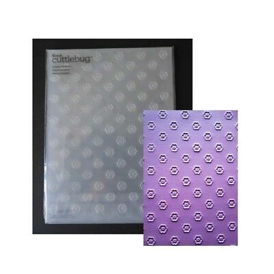 Dotted Circle embossing folders OUT THERE folder ULT CRAFTS Cuttlebug Compatible