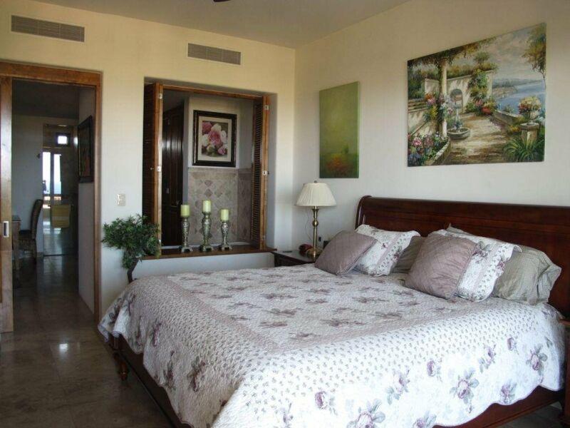 Condominio en Renta 3 Habitaciones Vista al Mar con alberca en Los Cabos