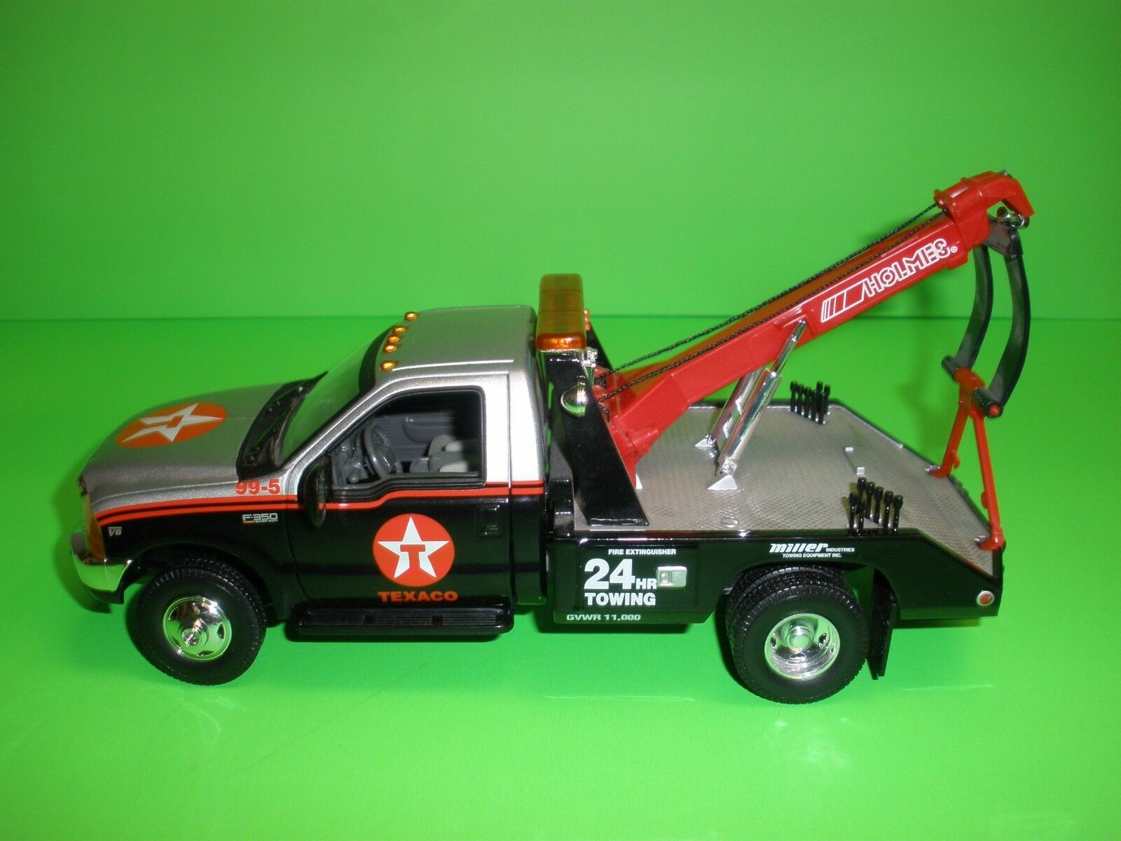Matchbox Collectibles 1 24 Texaco Ford F 350 Holmes Tow Truck