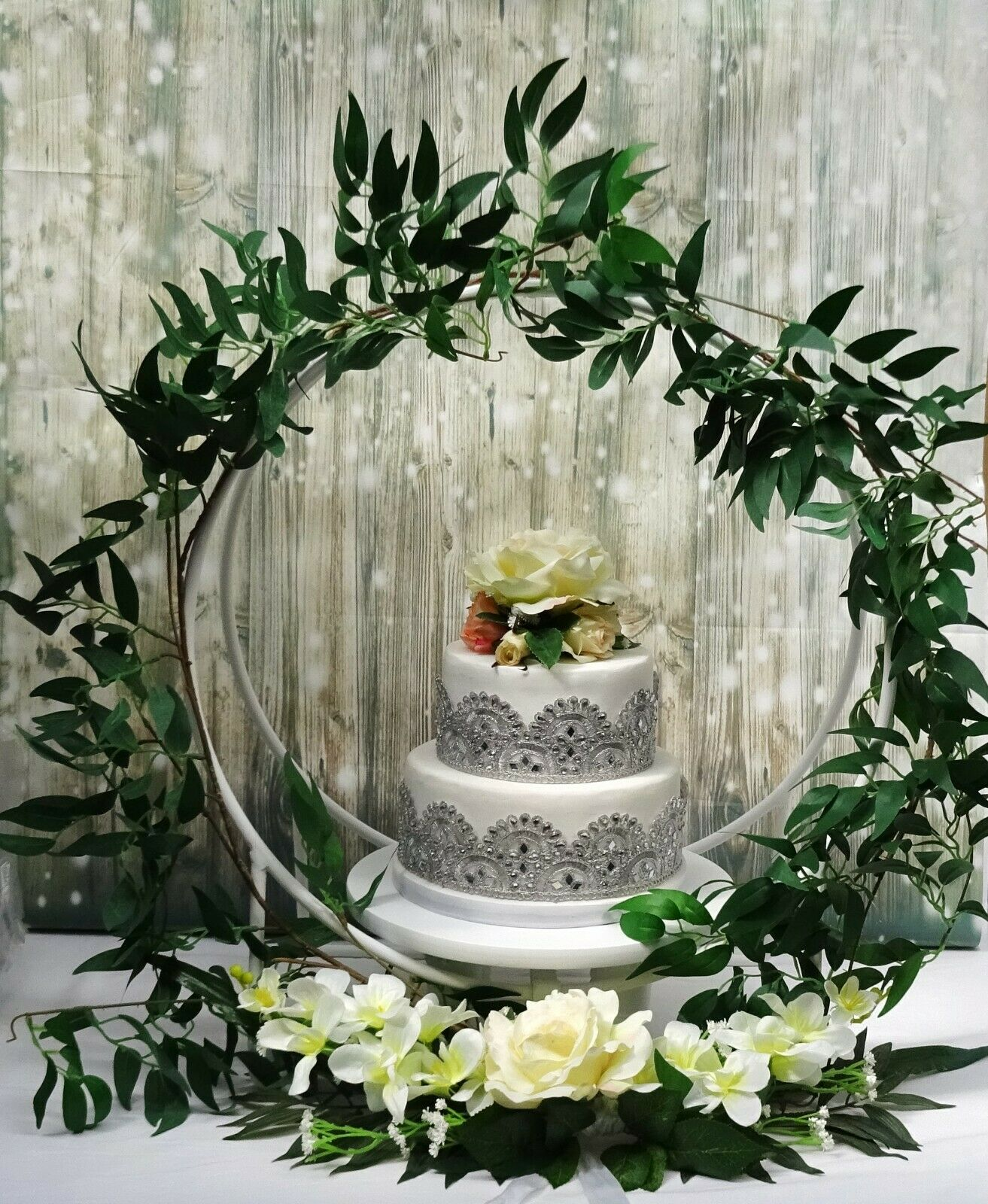 Small Hoop wedding cake stand-Blanc-En bois Hoop + Métal Support