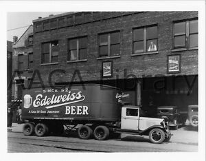 1932-Chevrolet-Tractor-Trailer-Truck-Beer-Factory-Photo-Ref-32241