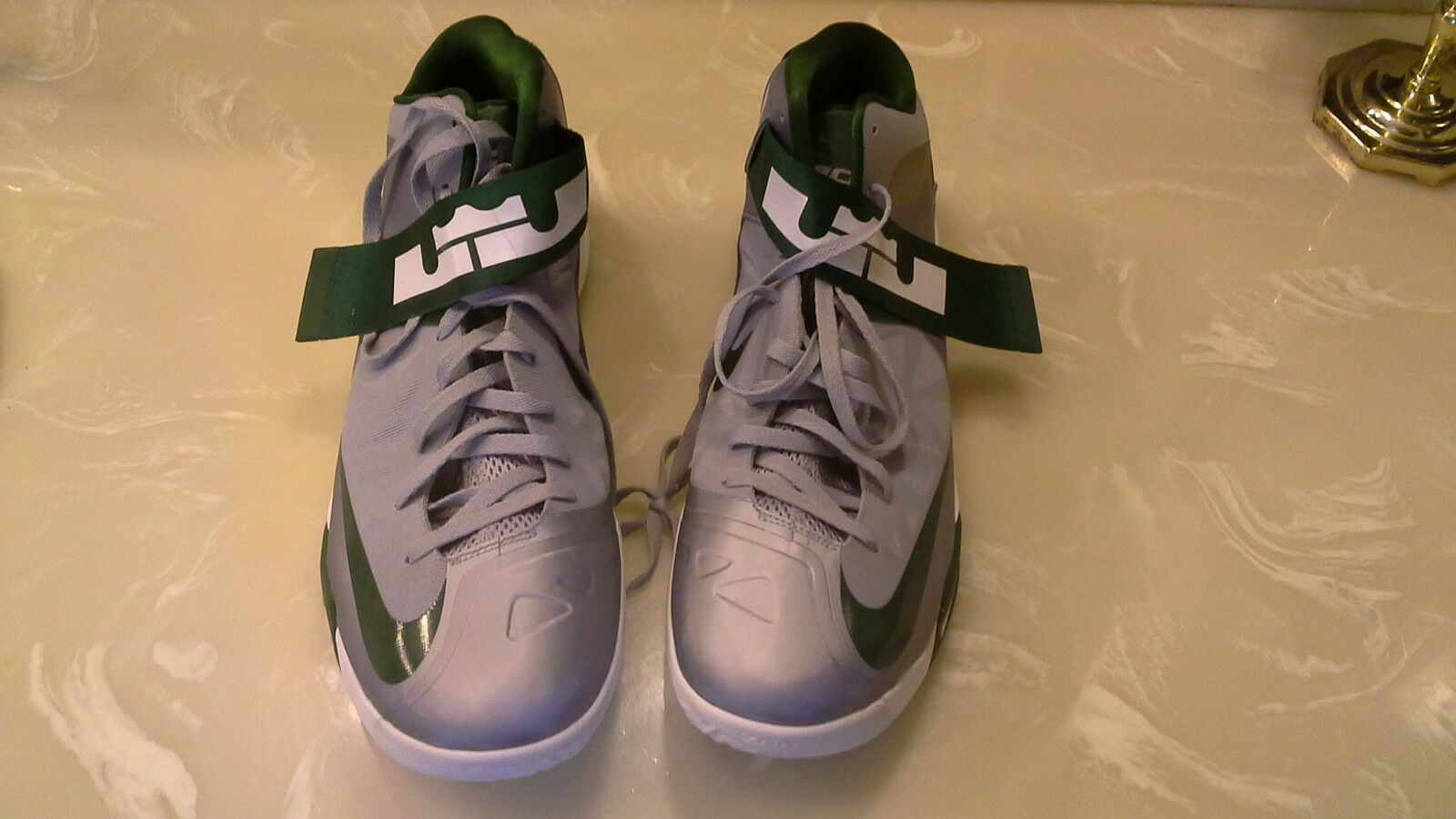 men's  lebrons size 17  Cheap and fashionable