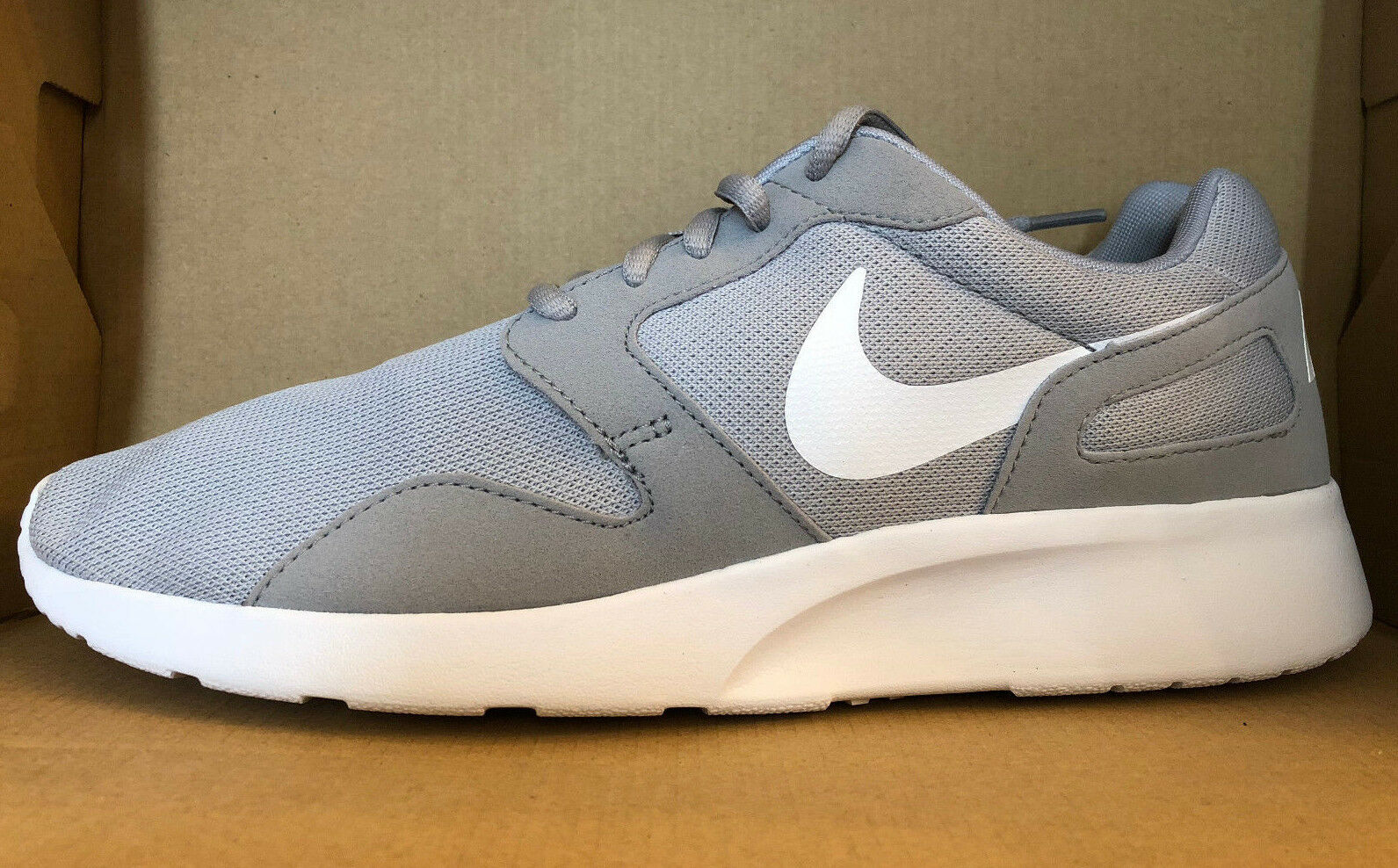 NIKE Femme KAISHI Chaussures Taille 12 Gris  Blanc  654845 014