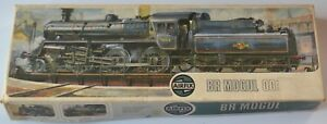Airfix BR Mogul HO OO 4mm scale British Railways 2-6-0 Locomotive model kit