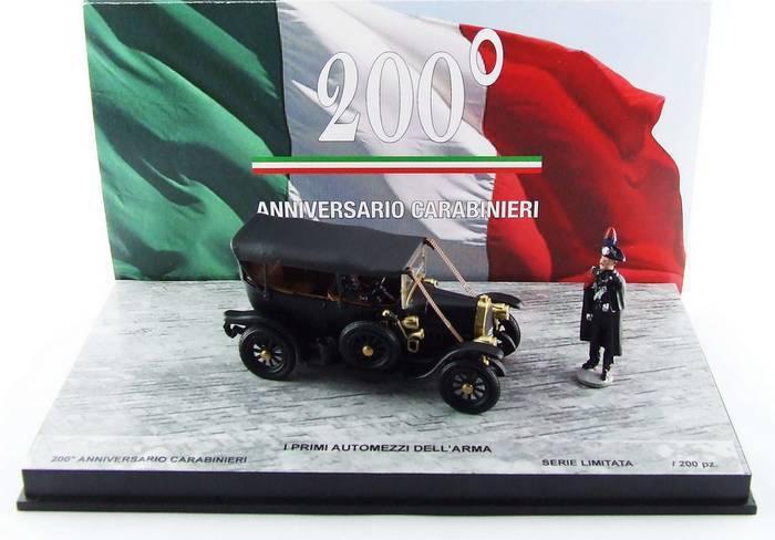 Rio 200.2D - Fiat 0 200° anniversaire Cocheabinieri + 2 figurines - 1970  1 43