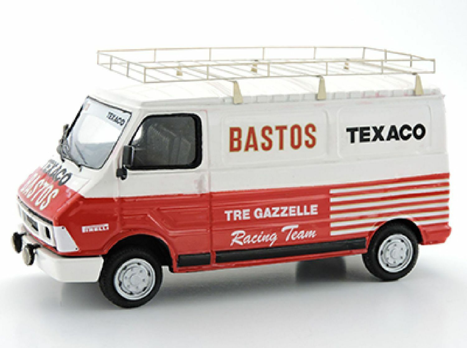 Kit Fiat 242 Tre gazzelle Team assistenza - Arena Models kit 1 43