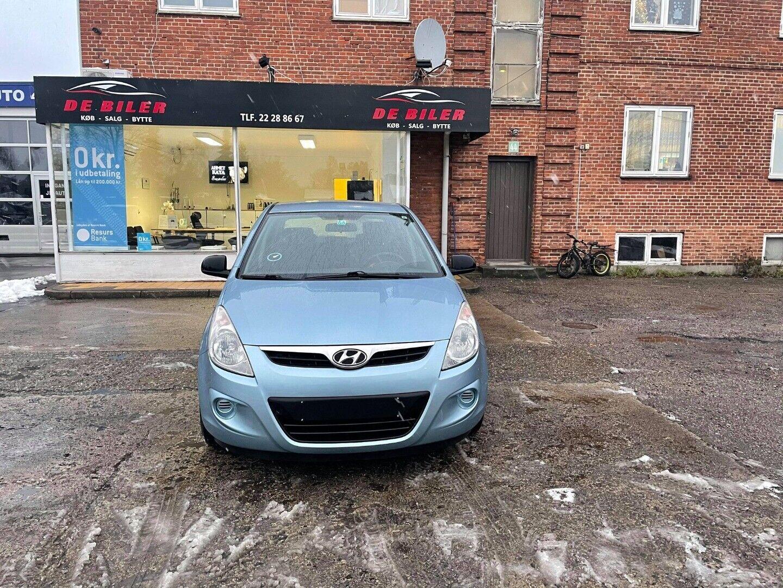 Hyundai i20 1,25 Classic 5d - 29.990 kr.