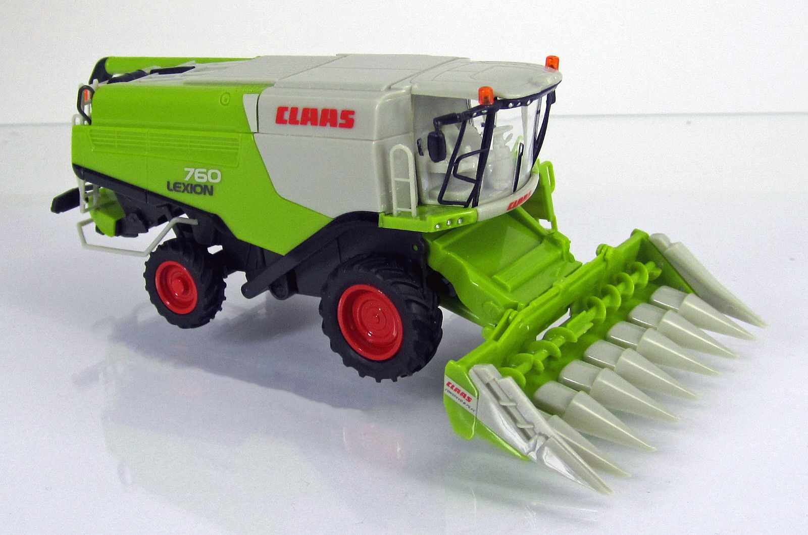 Wiking 038911 Claas Lexion 760 Mähdrescher mit Conspeed Maisvorsatz Scale 1 87 N