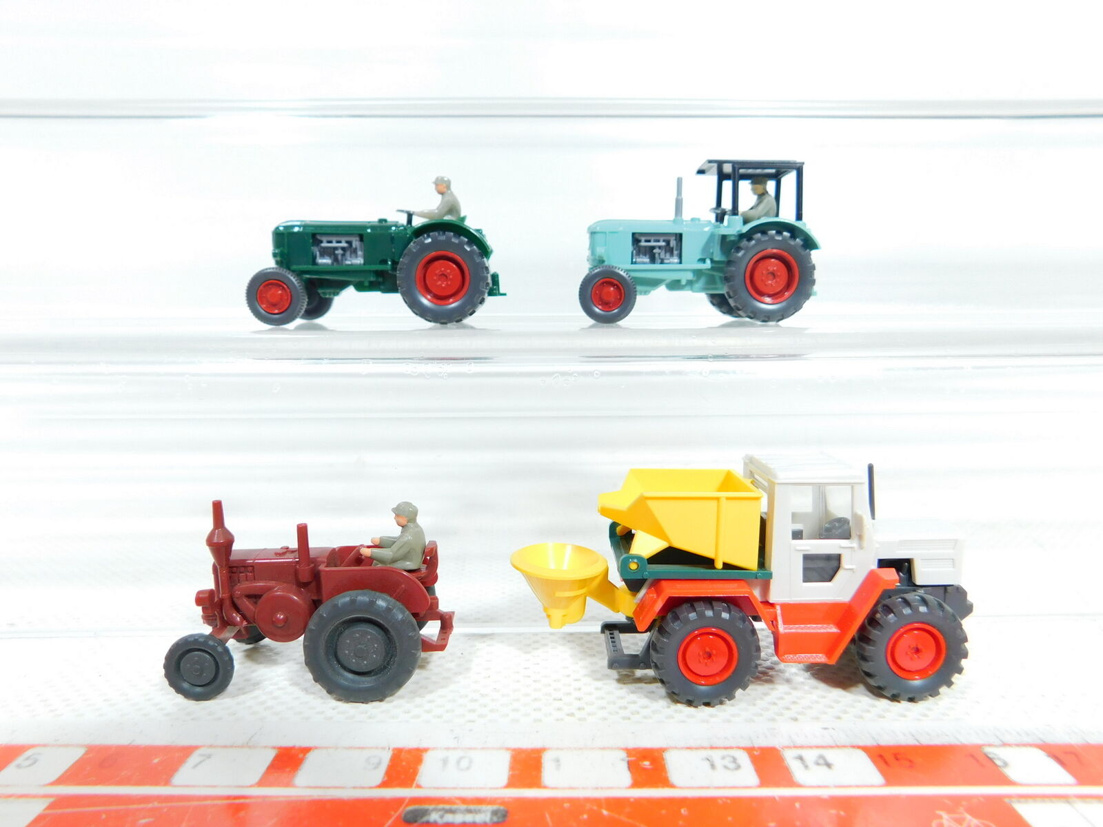 BX386-0, 5 x Wiking 1 87 H0 Model  Mercedes Mb-Trac + Lanz + Deutz 38 D, Mint