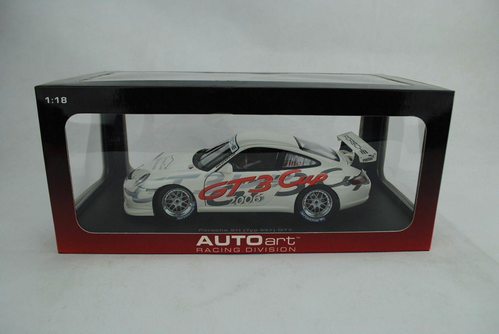 1 18 Autoart  80681 PORSCHE 911 (997) gt3 Cup 2006 Allemagne Nouveau Neuf dans sa boîte