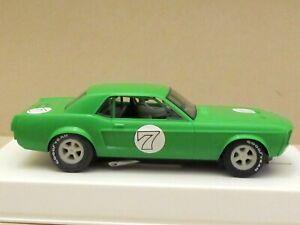 J110714 Pioneer J-codi spécial 1968 Notchback Mustang 7, 'vert citron', 1 de 10 pi