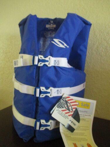 COLEMAN Stearns Adult Classic Series Universal Life Jacket Flotation Vest BLUE