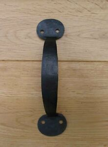 8-034-CUPBOARD-DOOR-PULL-D-HANDLE-HAND-FORGED-ANTIQUE-IRON