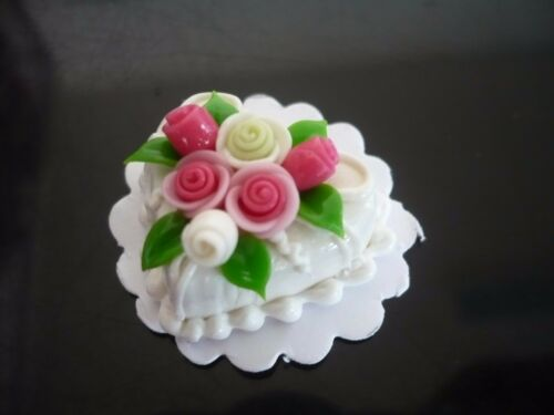 White Heart Cake Rose Top Dollhouse Miniatures Food Deco Valentine Day