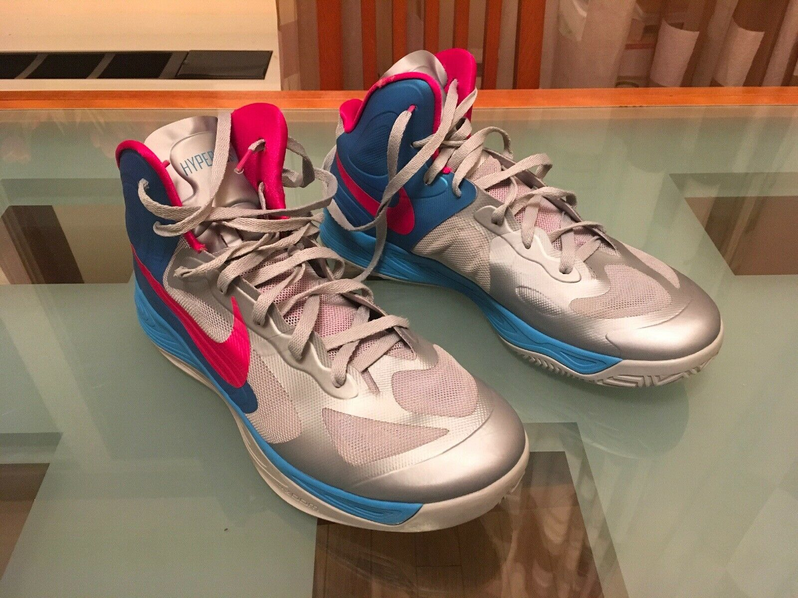Nike Zoom Hyperfuse 2012 Basketball shoes Size 13 US grey   bluee   Pink GREAT