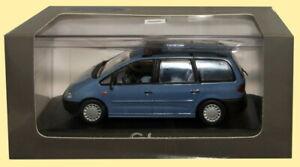 DEALER-MODELS-084163-FORD-GALAXY-085003-FORD-FIESTA-diecast-model-cars-1995-1-43