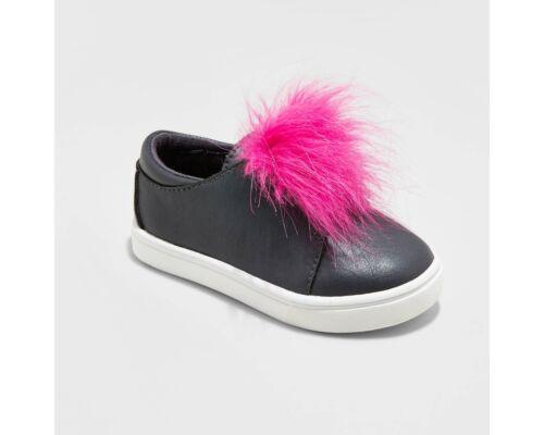Pewter NWT Faux Pink Fur Toddler Girls/' Vella Low Top Sneakers Cat /& Jack