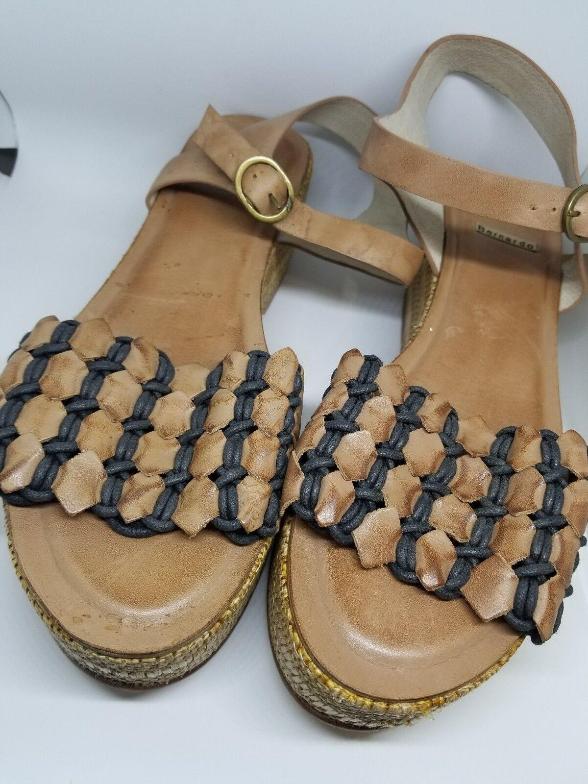 NAOT 39 Women�s NEW NWOB Slip On Velcro Platform Sandals Black Brown