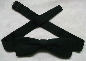 Vintage-Bow-Tie-MENS-Dickie-Bowtie-1950s-1960s-TRADITIONAL-BUCKLE-BLACK-Narrow