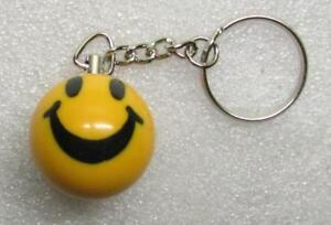 1-Inch-SMILEY-FACE-Mini-POOL-BALL-Billiard-KEYCHAIN-Ring-NEW