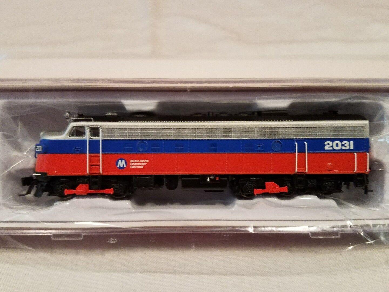 N SCALE RAPIDO TRAINS 15053 EMD FL9 METRO NORTH #2031 DC/DCC READY NEW