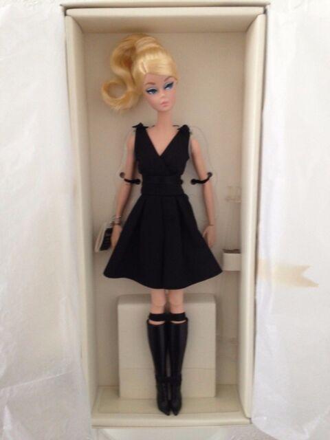 2016 Classic Silkstone Barbie Little Black Dress Dkn07 Mattel For