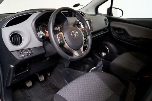 Toyota Yaris 1,3 VVT-i T2 - billede 5
