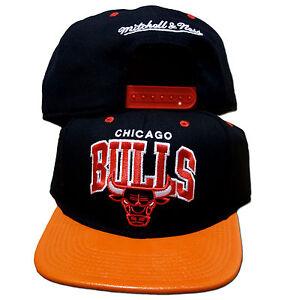Original-Mitchell-Ness-Chicago-Bulls-Snapback-MVP-Cap-NBA-schwarz-orange