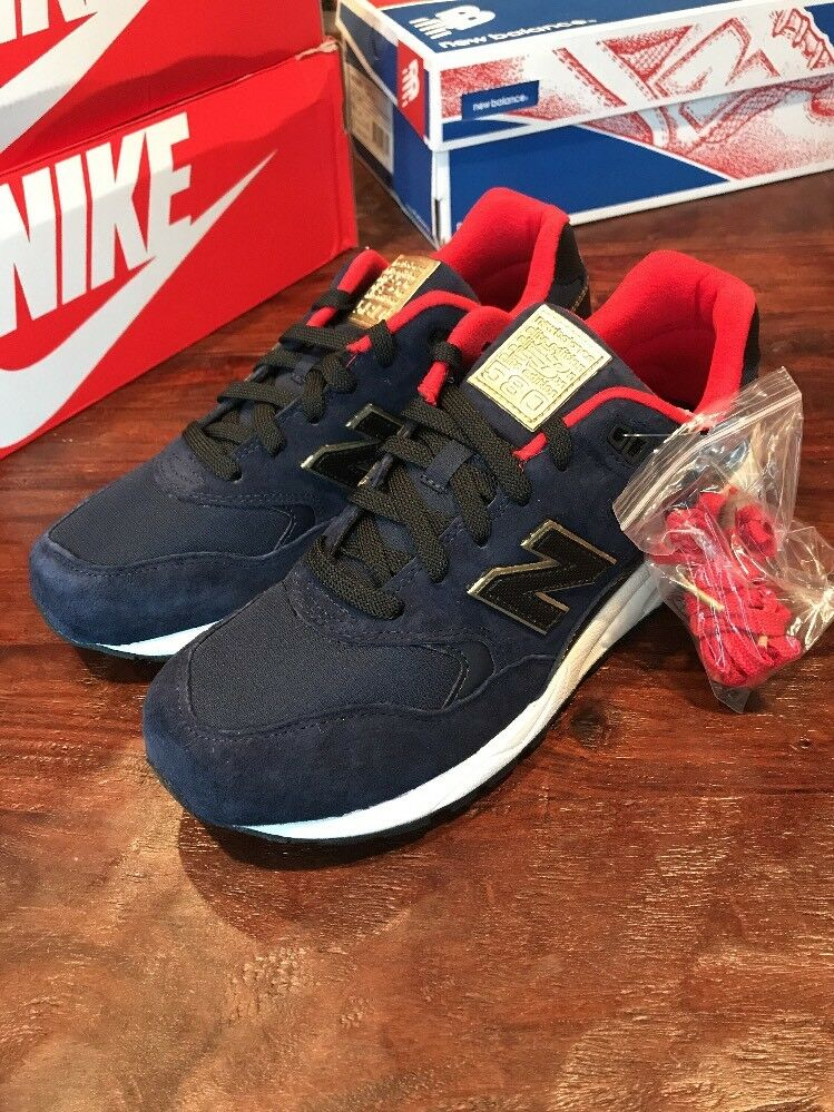 Mens New Balance MRT580AA Shoes Size 9.5 Sneakers Blue Trainers