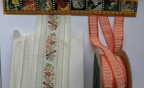 EMBROIDERED Ribbon Autumn Colours 22 /& 80mm Mixed Length 2 Colour Choice LR3