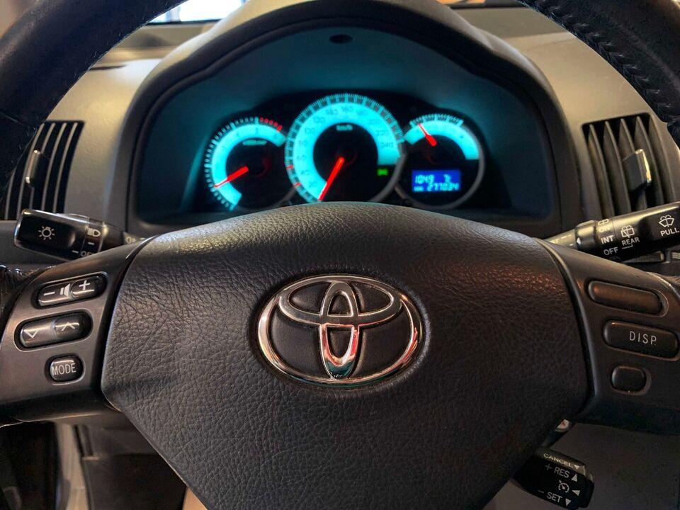 Toyota Corolla Sportsvan 2,2 D-4D 136 Terra Diesel modelår