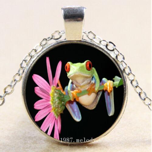 Photo Cabochon Verre Argent Chaîne Collier Pendentif ( grenouille est au-dessus de fleur