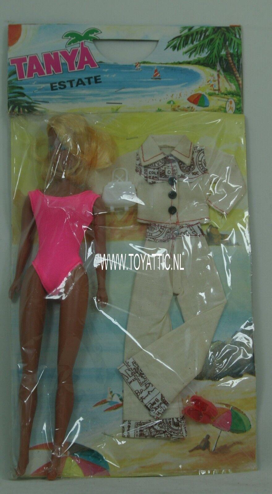Muñeca Barbie Tamaño Clon Tanya finca en con extra de moda de  años 70 en Caja Original