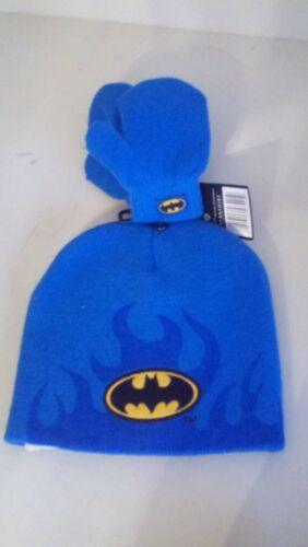 TODDLERS 2 PC SET 1 HAT 1 PR MITTENS ONE SIZE FITS MOST BATMAN A-17