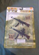 "2000 Dragon 1/6 Scale 12"" WWII Weapon Set MP44 & Vampir 71029"