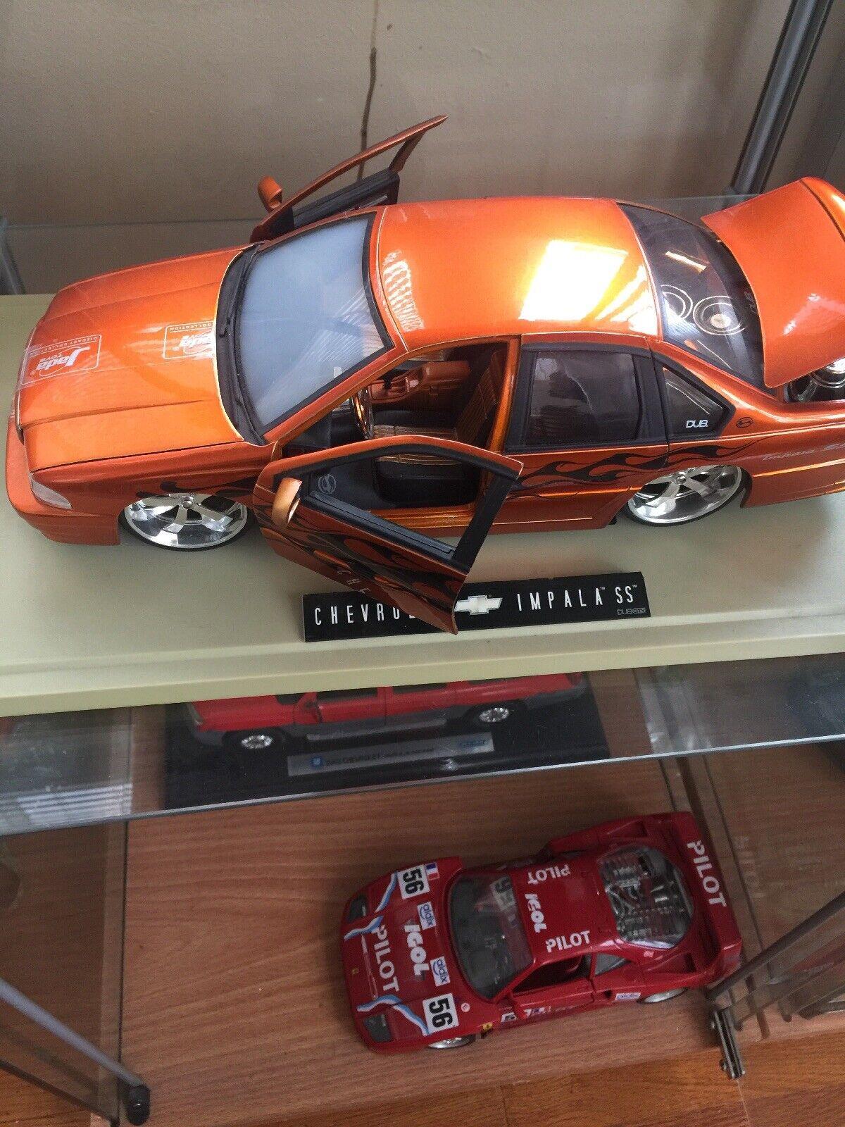 Nuevo modelo a escala 1  18, por Jada Juguete Dub City snowbell SS en Color naranja.