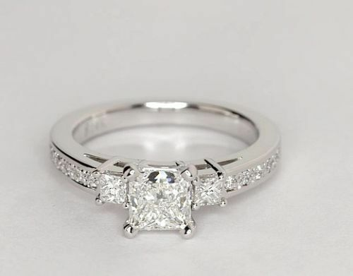 1.75Ct Princess Cut DVVS1 Diamond Solitaire 3 three stone Ring in White Gold FN