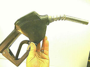 OPW-Gas-Nozzle-very-little-use-Fuel-for-Auto-Tractor-Farm-Ranch-Shop-Home
