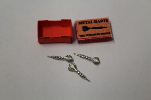 boxed Maison de poupées 3 métal fléchettes