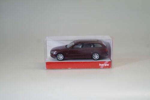 1:87 Herpa 023269 BMW 5er touring dkl.rot neuw.//ovp
