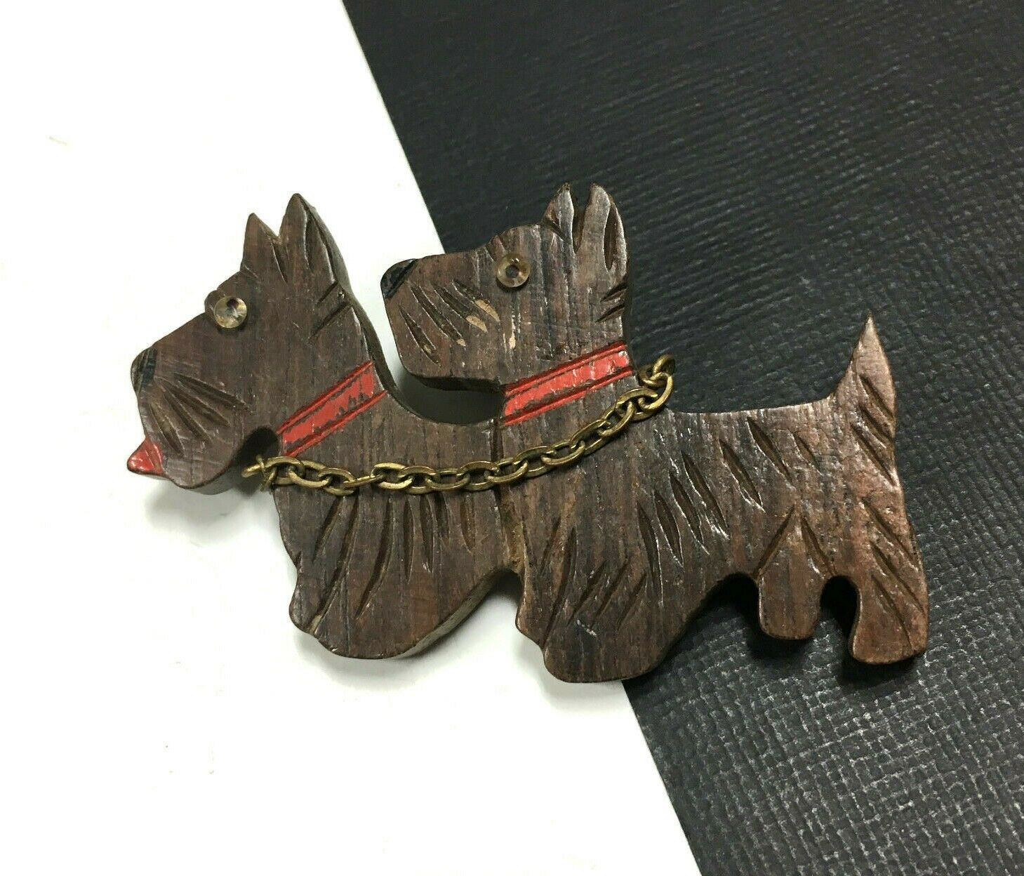 bacb7810c Old Brown Wood Carved Scottie DOGS Red Collar & gold Chain Brooch MM50e  Vintage nqfnvr2025-Pins, Brooches
