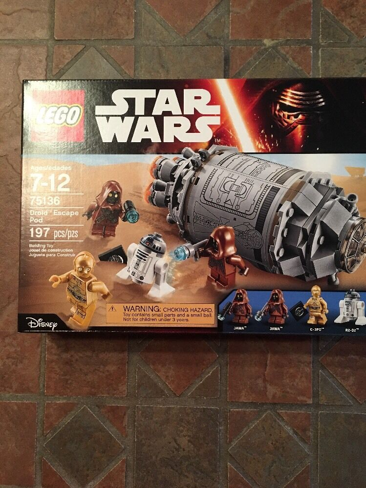Lego Star Wars  DROID ESCAPE POD 75136 Jawas C-3PO R2D2 Minifigs New Hope
