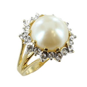 Mobe-Pearl-surrounded-by-Cubic-Zirconia-18k-Gold-Electroplate-Ring-Sizes-6-7-8