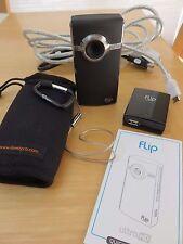 Flip Video Ultra HD 720p 2Hrs 8gb Pocket Camcorder (2nd Generation) Black - MINT
