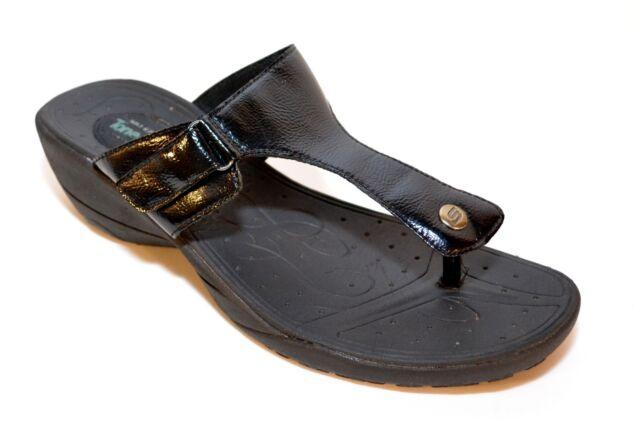 skechers flip flops tone ups