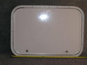 RV Bus Cargo Trailer Access Compartment Storage Hatch Bay Door 27.5 x 19.5 in