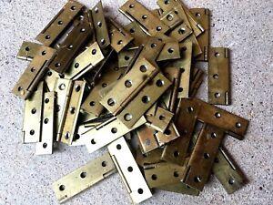 1 / Gros Lot De 50 Charnieres Anciennes En Laiton Dimensions 5 / 3 Cm